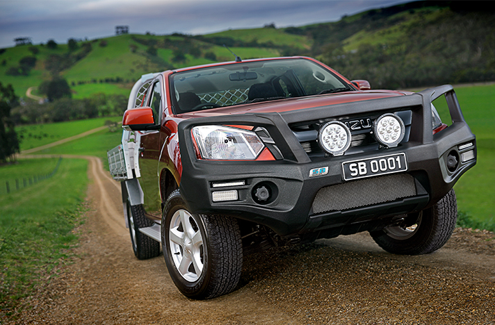 Isuzu D-Max 01-17 with a SmartBar bull bar