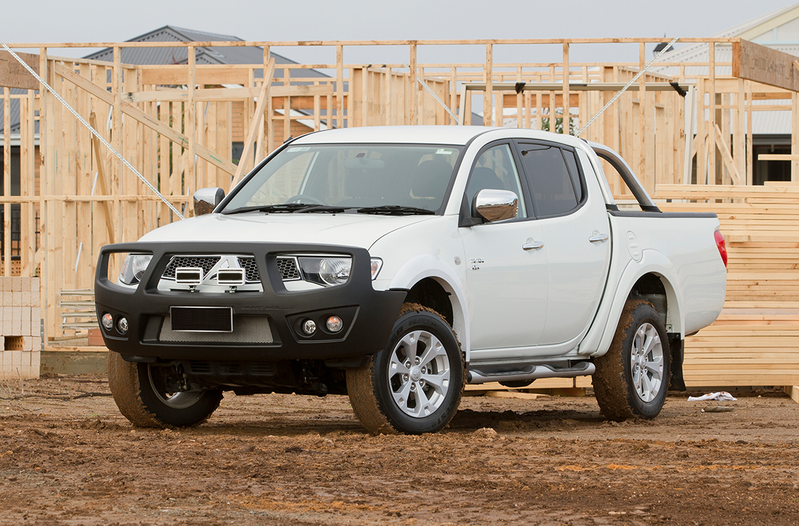 Mitsubishi Triton MN ML 2006-2015 with a SmartBar bull bar