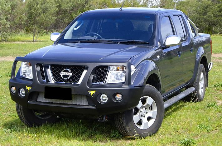 Nissan Navara D40 Spain with a SmartBar bull bar