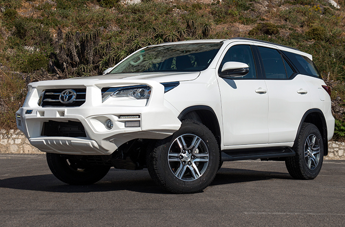 Toyota Fortuner 09-15 with a SmartBar bull bar